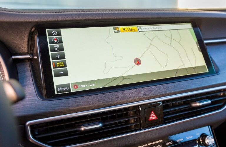 2020 Kia Cadenza 12.3-inch touchscreen display