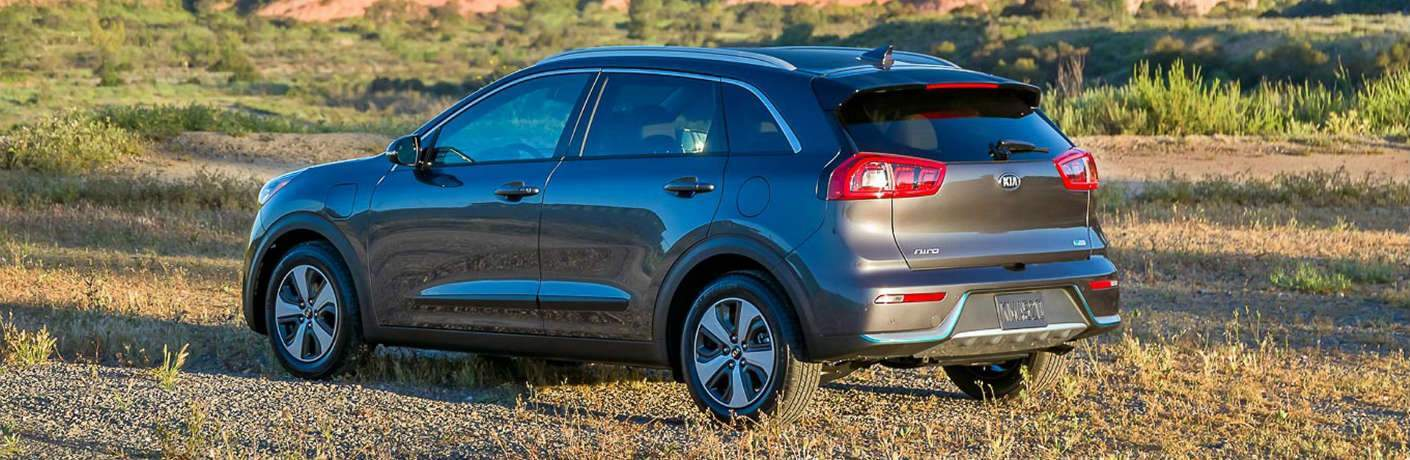 2018 kia niro. interesting niro 2018 kia niro plugin hybrid parked in field and kia niro