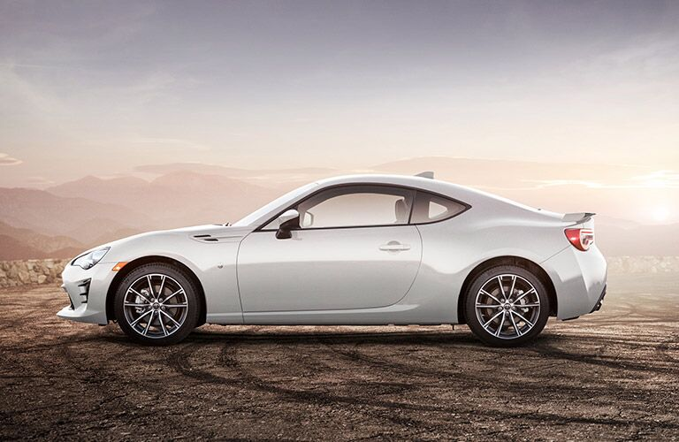 Side view of white 2019 Toyota 86