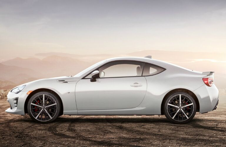 Side view of white 2020 Toyota 86