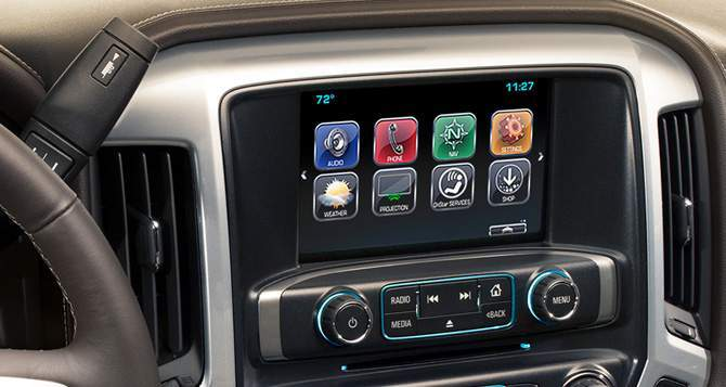 2018 Chevrolet Silverado 1500 Entertainment