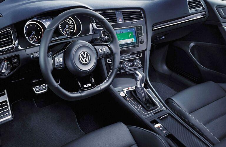 2018 Volkswagen Golf R Cockpit and Dashboard
