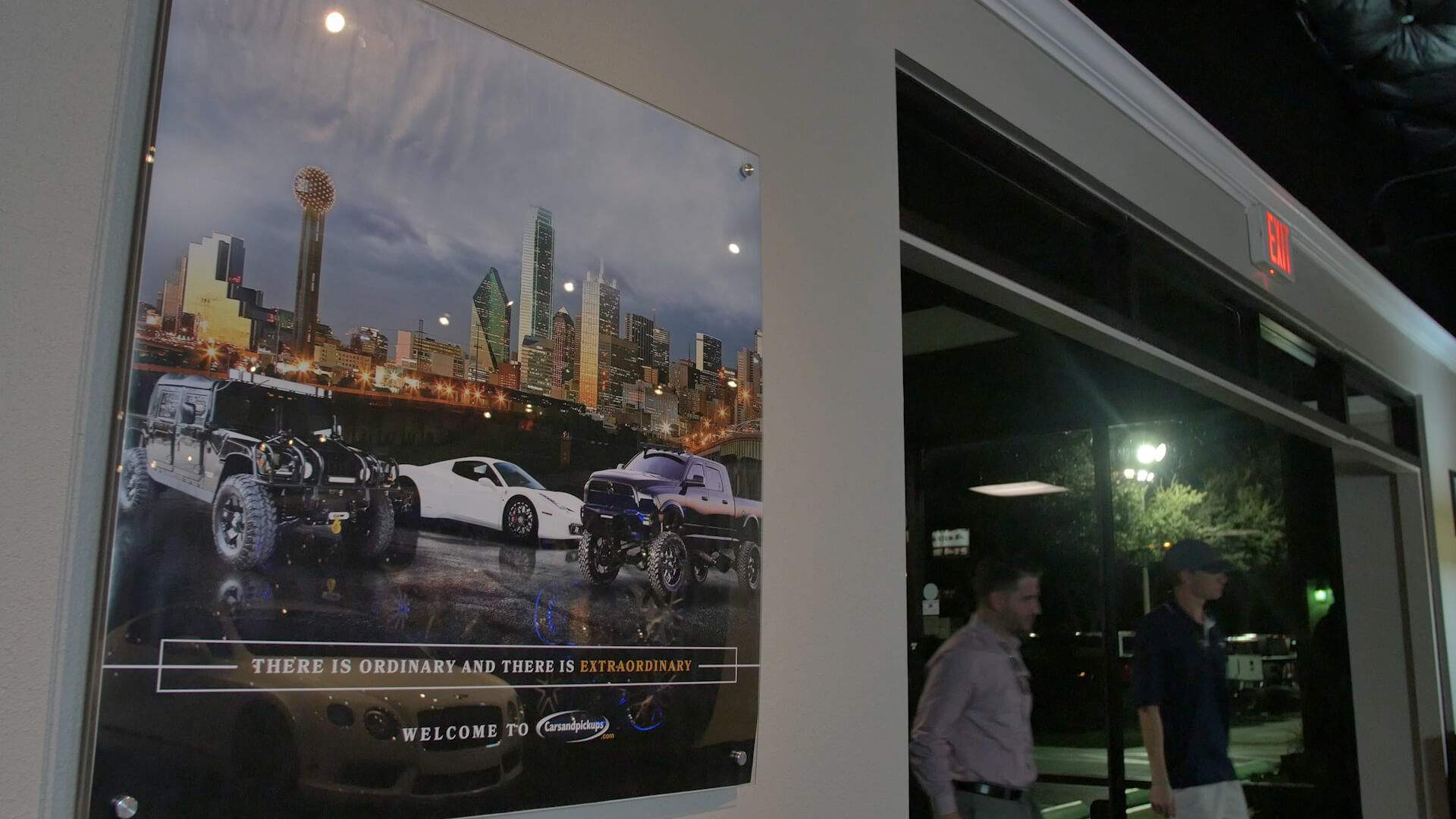 Carsandpickups Showroom at Night