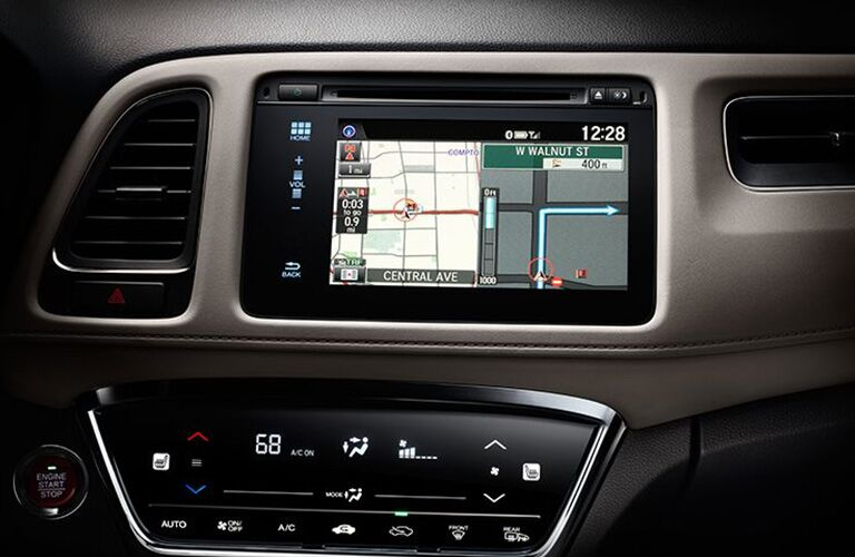 closeup view of 2018 Honda HR-V touch screen