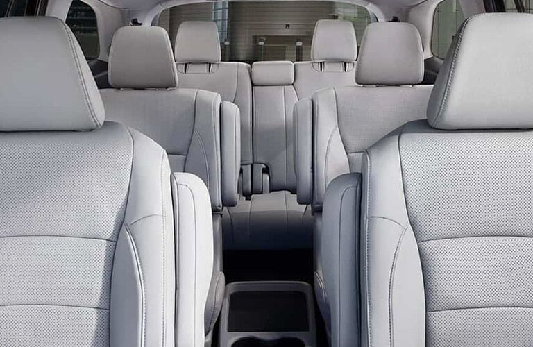 all 7 seats in the 2019 honda pilot looking from front to back
