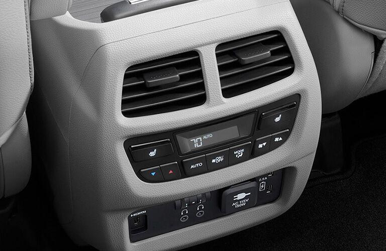 2020 Honda Pilot Interior Cabin Rear Climate Controls