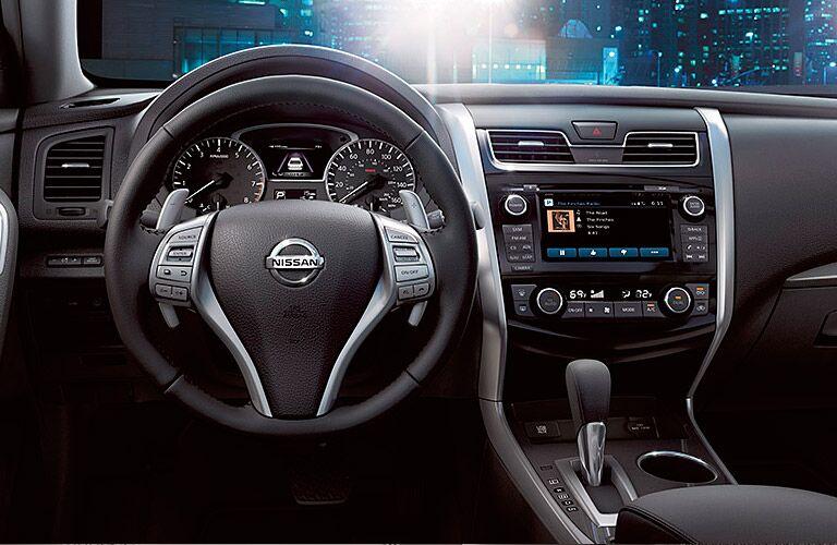 2015 Nissan Altima Sv >> 2015 Nissan Altima 3 5 Sv Vs 3 5 Sl