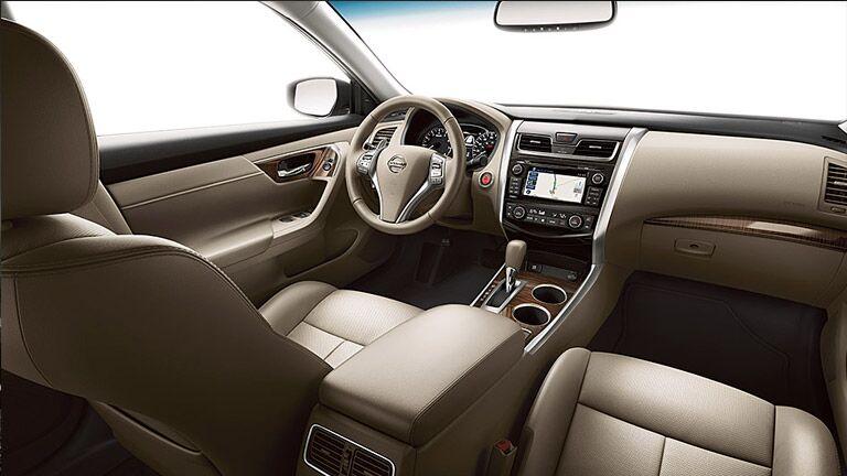 2015 Nissan Altima Sv >> 2015 Nissan Altima S Vs 2015 Nissan Altima Sv