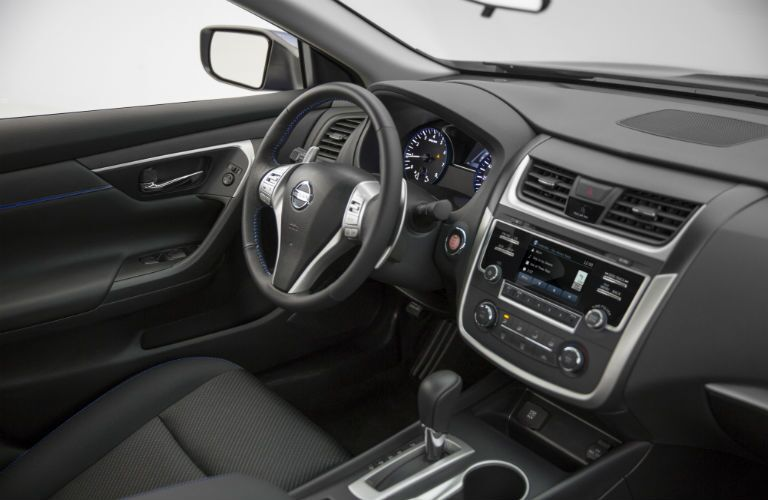 2016 Nissan Altima 2.5 S >> 2016 Nissan Altima 2 5 Vs 2 5 S