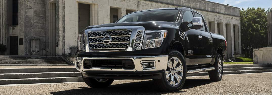 2017 Nissan Titan exterior from front
