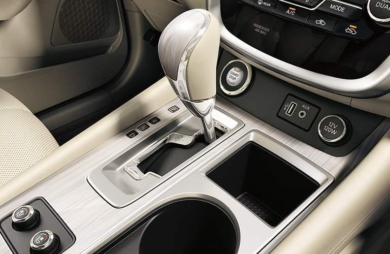 2018 Nissan Murano control console