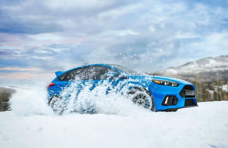 2017 Ford Focus driving through snow