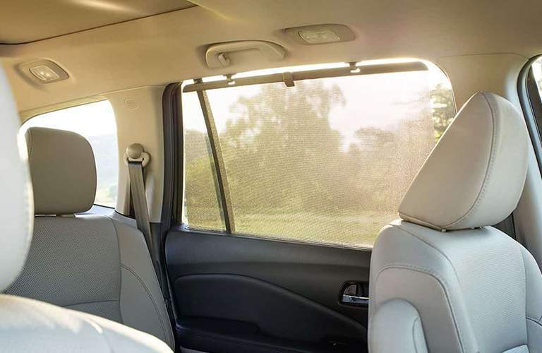 Window shade in 2017 Honda Pilot EX-L