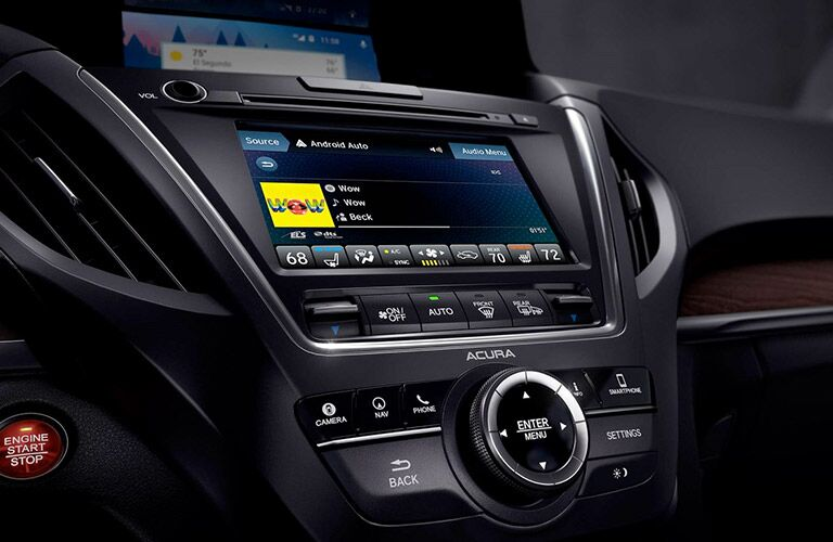 Touchscreen of the 2019 Acura MDX