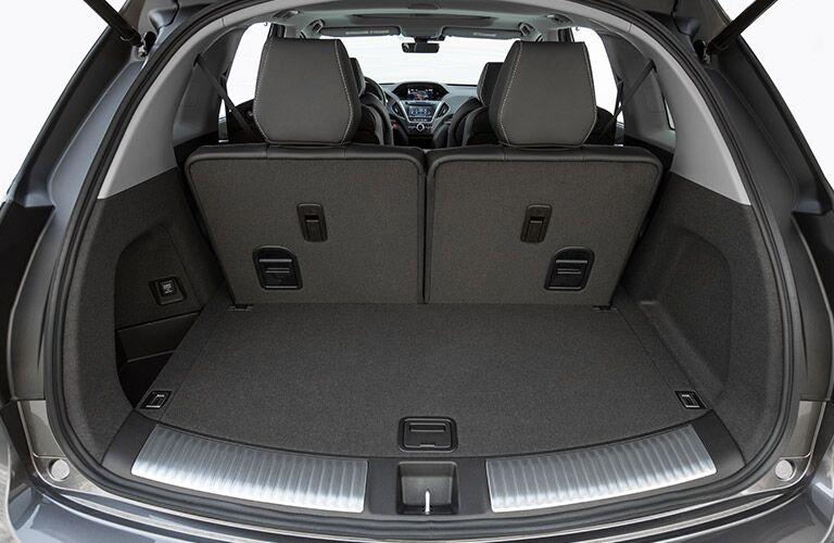 Open trunk of the 2019 Acura MDX
