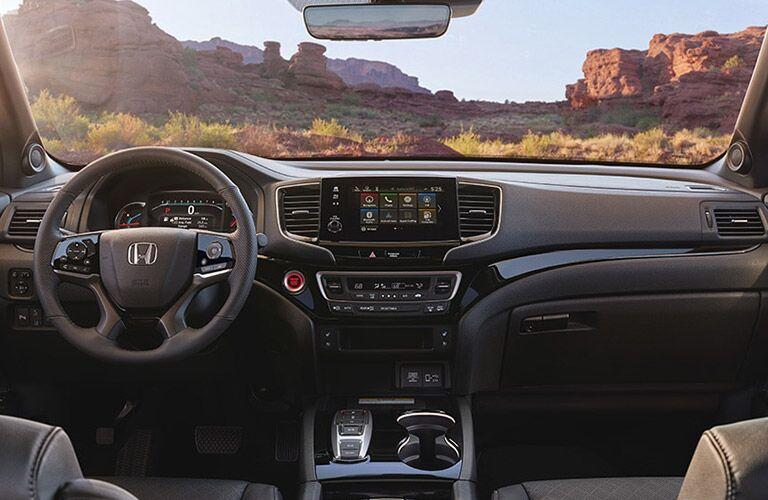 Steering wheel and dashboard of the 2019 Honda Passport