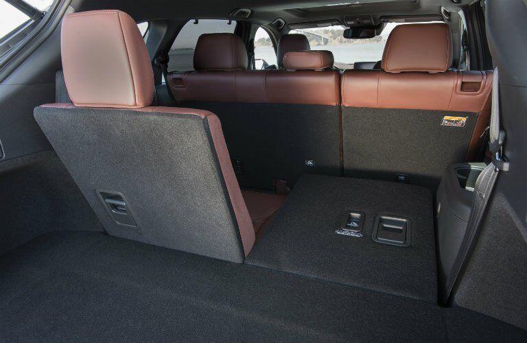2017 Mazda CX-9 split-folding seats