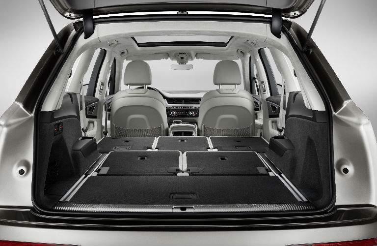 maximum cargo space in 2018 Audi Q7
