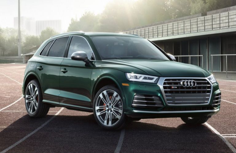 2019 Audi SQ5 in green