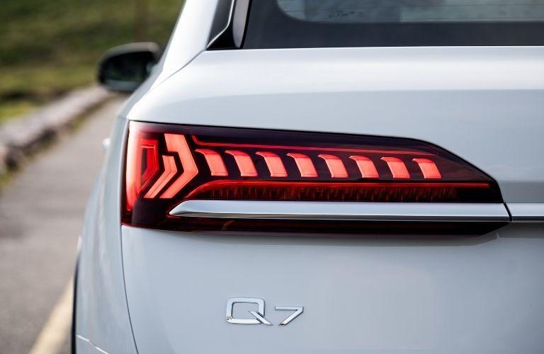 2020 Q7 taillight closeup