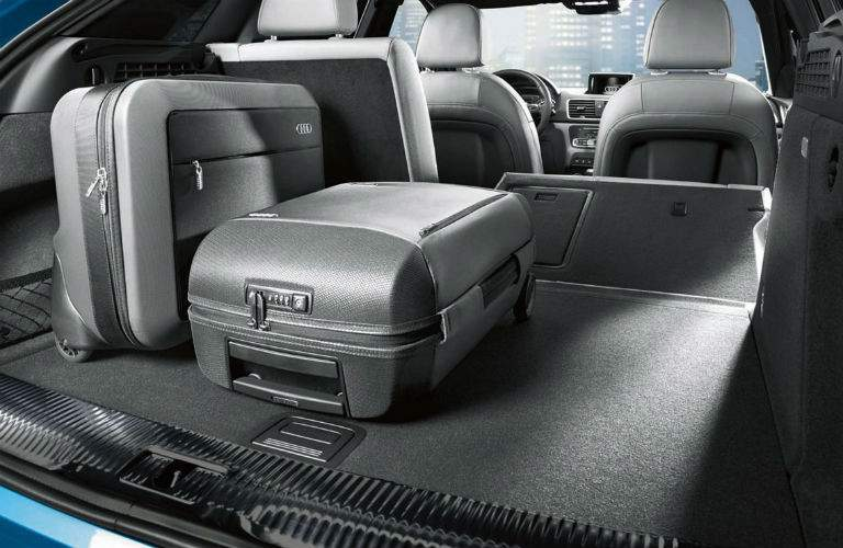 2018 Audi Q3 Cargo Space and Interior Stroage Wynnewood, PA_o