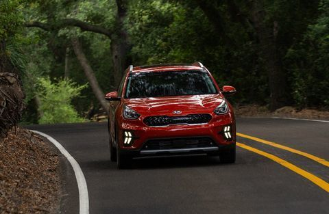 2020 Kia Niro red front view