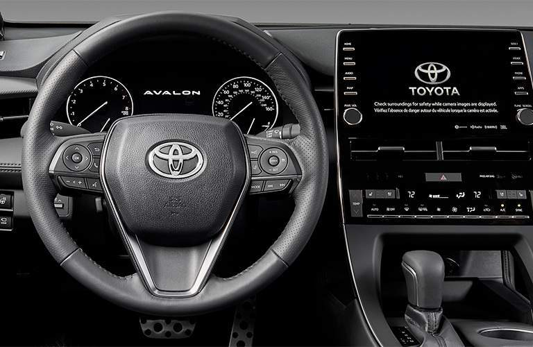 Steering wheel and center touchscreen of 2019 Toyota Avalon