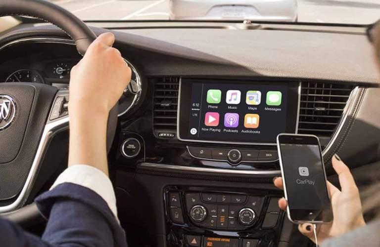 2018 Buick Encore Apple CarPlay