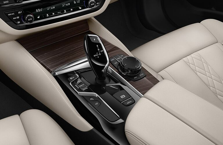 2019 BMW 5 Series Center Console and Gear Shifter