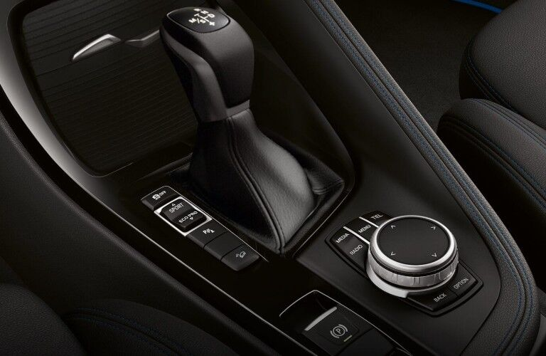Gear shifter and control knob of 2019 BMW X2