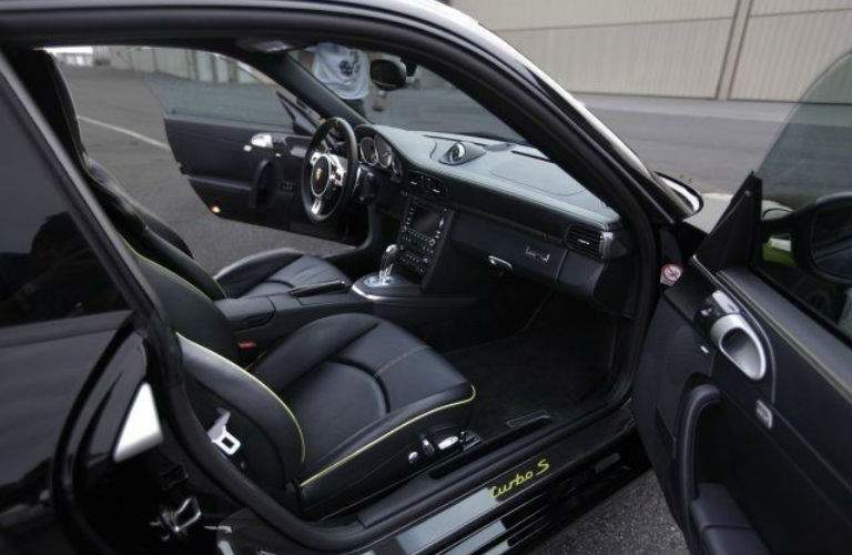 2012 Porsche 911 Turbo S 918 Edition front interior