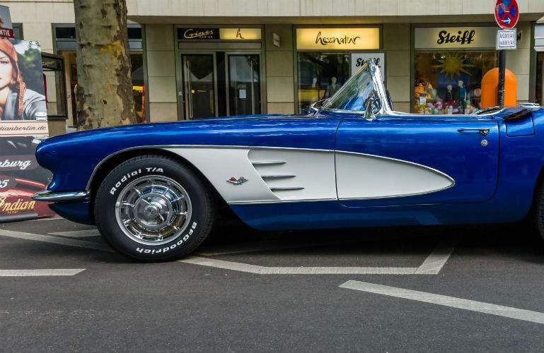 first generation Corvette in blue and white