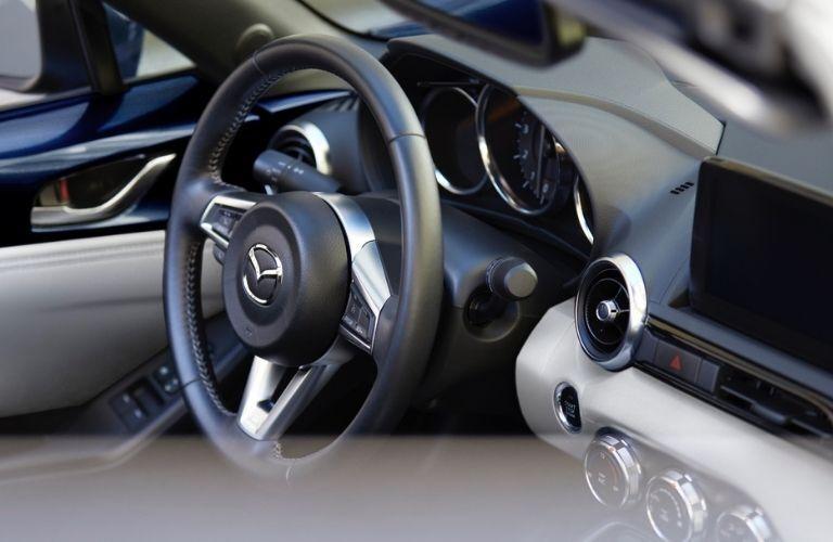2021 Mazda MX-5 Miata Steering Wheel and Dash