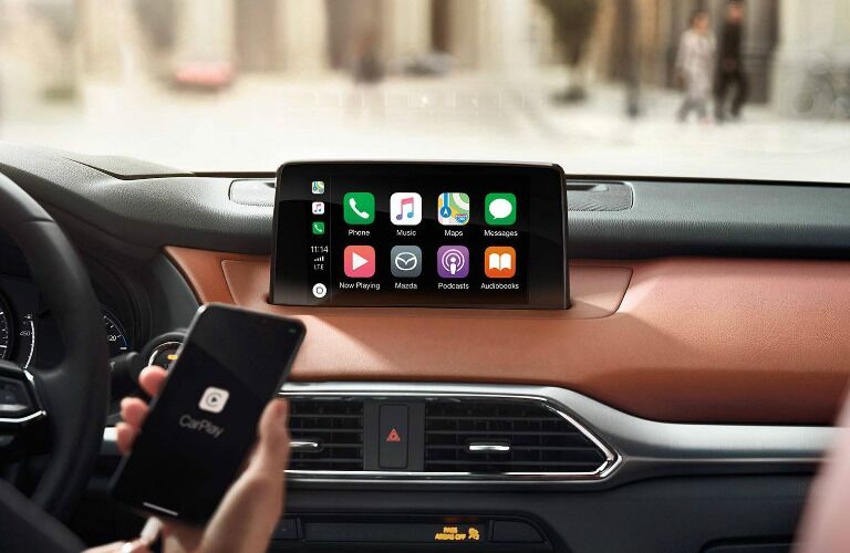2019 Mazda CX-9 MAZDA CONNECT infotainment displaying Apple CarPlay