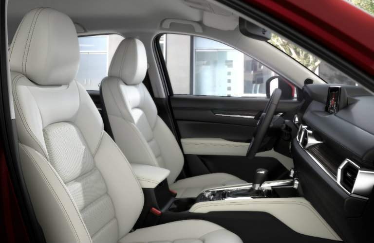 side view of front interior cabin of 2018 mazda cx-5