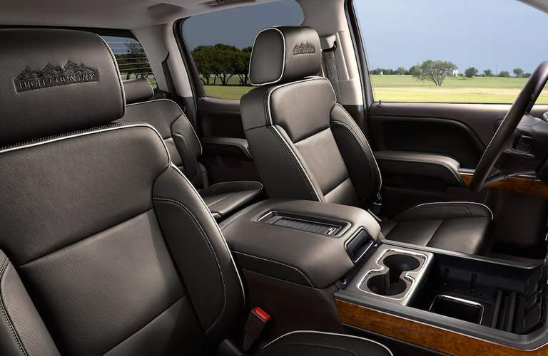 luxurious front seats of a 2018 Chevy Silverado 1500 High Country