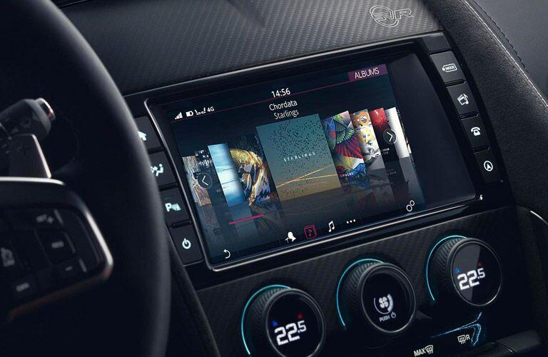2018 Jaguar F-TYPE infotainment system