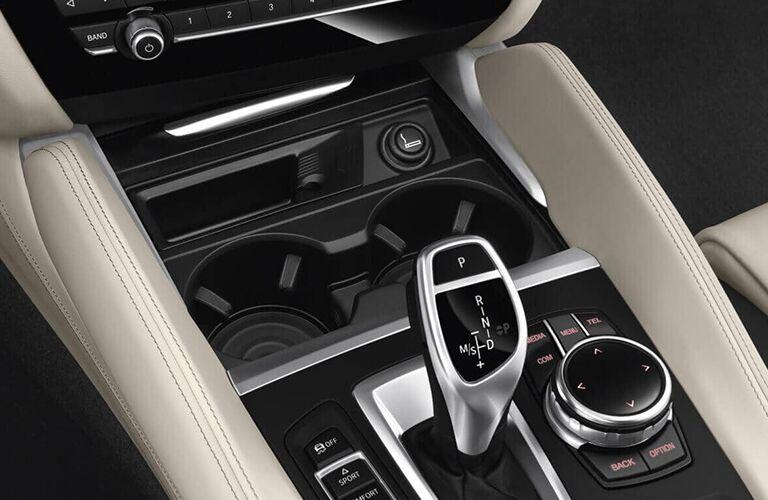 2019 BMW X6 center console