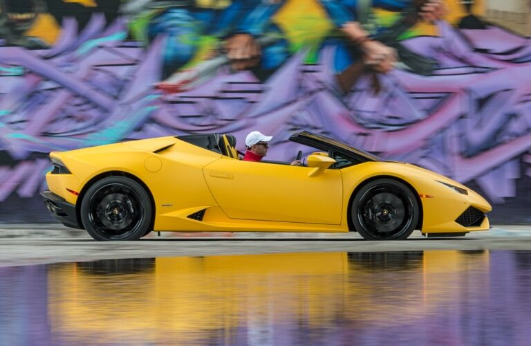 Lamborghini Huracan Spyder yellow top down side view