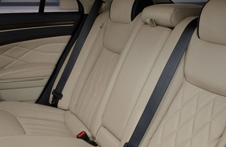 Beige rear seats in 2019 Chrysler 300