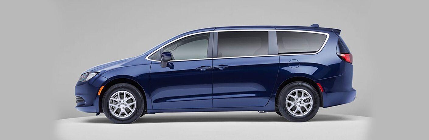 2020 Chrysler Voyager in blue