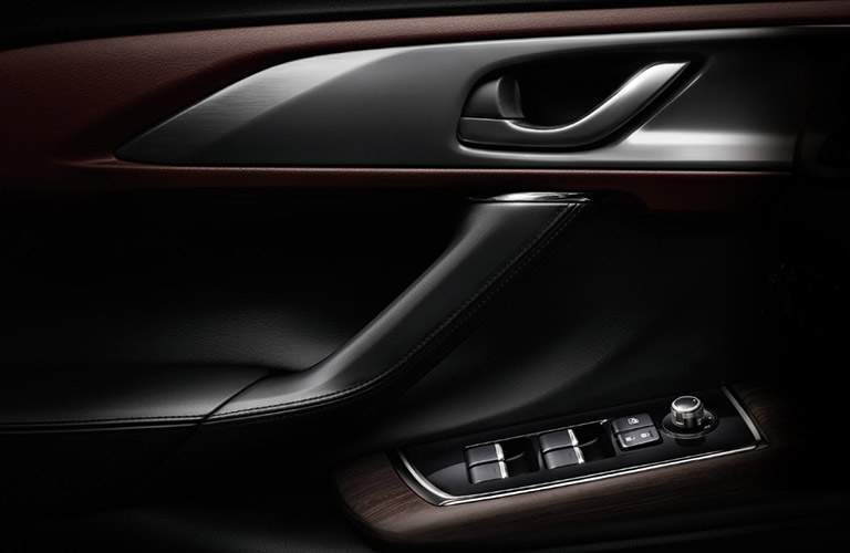 2018 Mazda CX-9 door handle