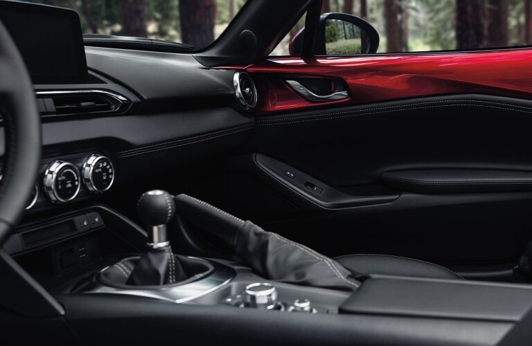 2020 Miata dash and center console showcase