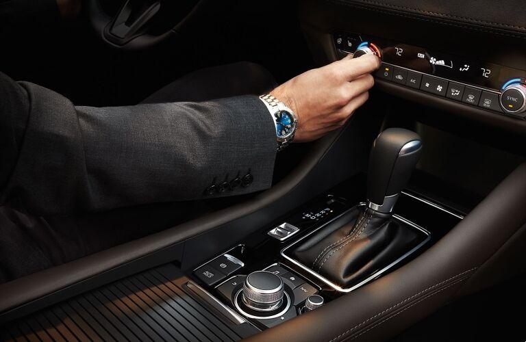 2021 Mazda6 center console showcase