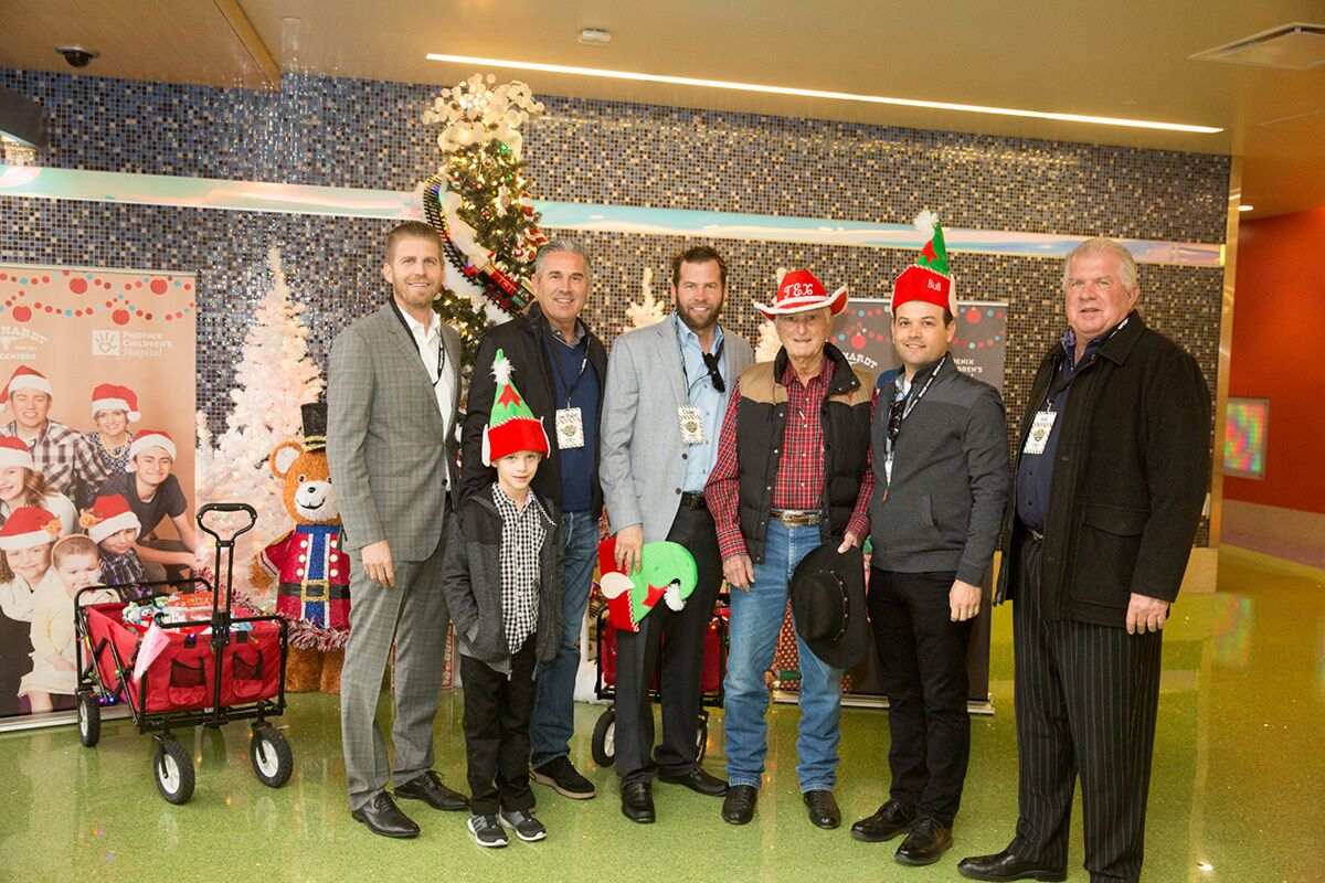 The Earnhardt Family (Derby, Jim Babe, Dodge, Tex, Bull, and Hal) at Phoenix Children's Hospital