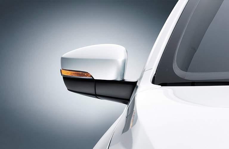 white volkswagen jetta sideview mirror