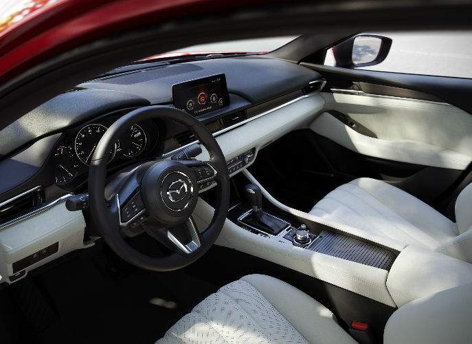 Interior View of the 2018 Mazda6 in White and Black