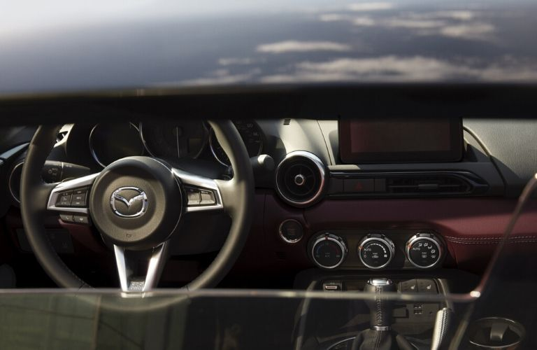 2020 Mazda MX-5 Miata dashboard