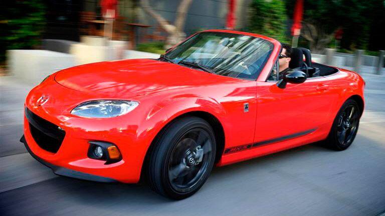2015 Mazda Miata exterior red