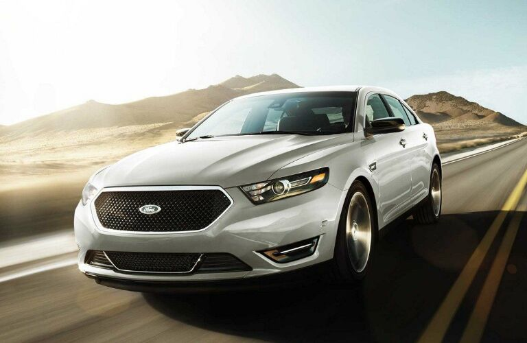 Front View of White 2018 Ford Taurus